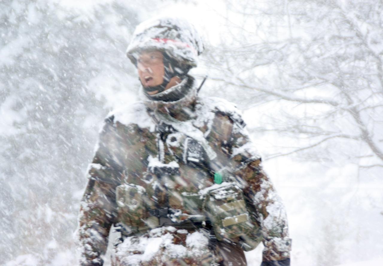 画像4: 雪舞う中、22即応機動連隊が第7次連隊野営訓練 多賀城駐屯地