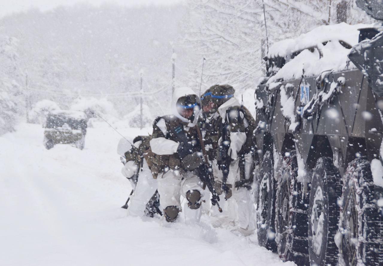 画像16: 雪舞う中、22即応機動連隊が第7次連隊野営訓練 多賀城駐屯地