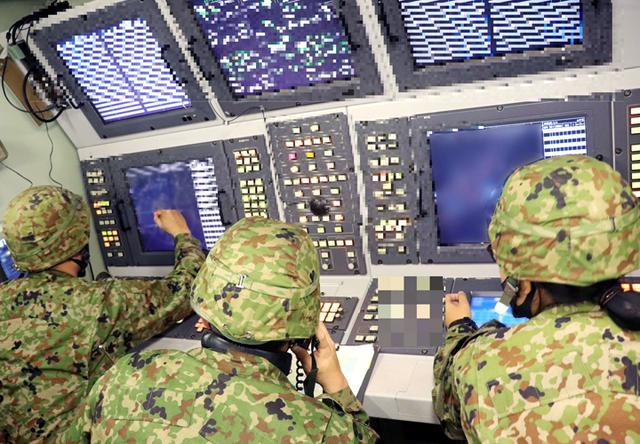 画像: クルー間の連携が成否を左右する対空戦闘