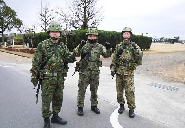 画像1: 中隊武装走競技会 319基地通信中隊国分派遣隊が力走 国分駐屯地