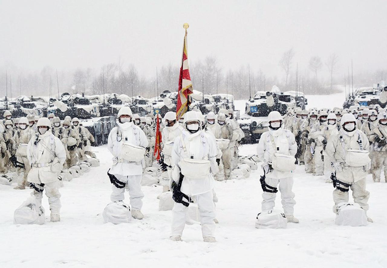 画像: 指揮を執る第73戦闘団長