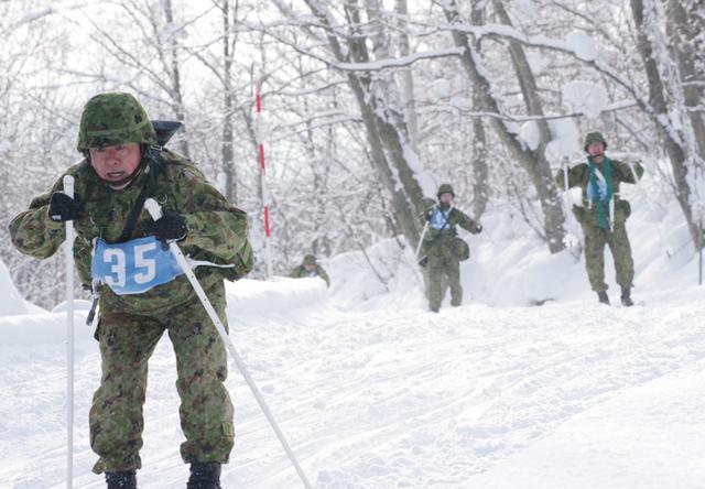 画像5: 4特科群 積雪寒冷地での機動能力向上図る|上富良野駐屯地