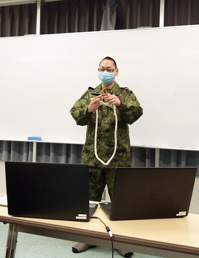 画像: 高校生がリモートで自衛隊体験 チャットで質問も  神奈川地本