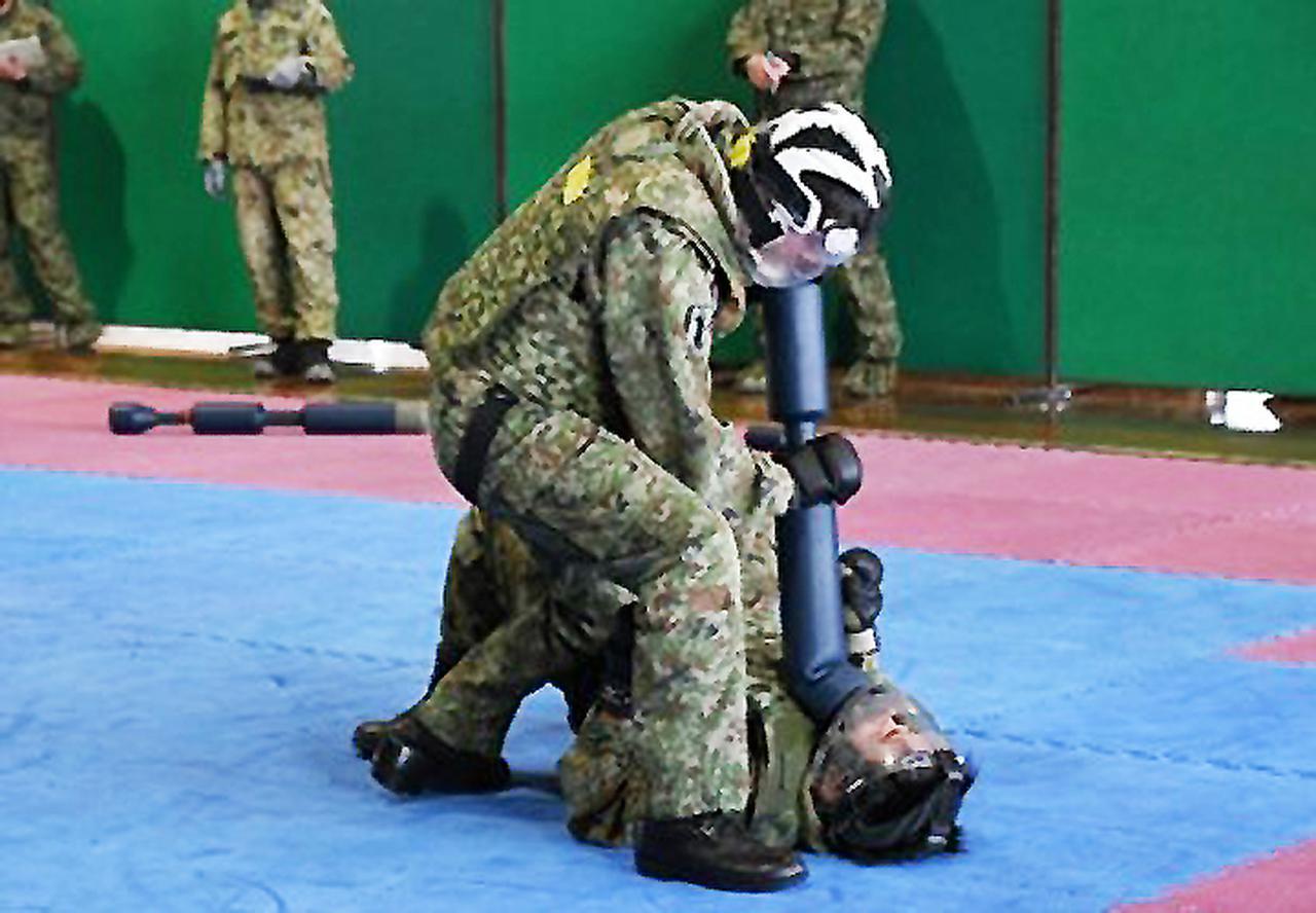 画像7: 師団格闘集合訓練 17人を部隊格闘指導官に認定 陸自3師団