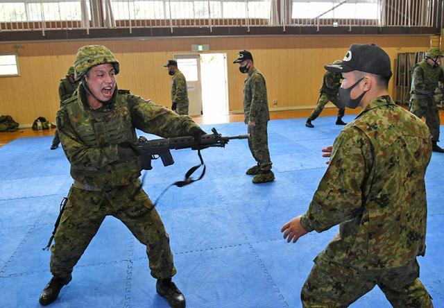 画像4: 師団格闘集合訓練 17人を部隊格闘指導官に認定|陸自3師団