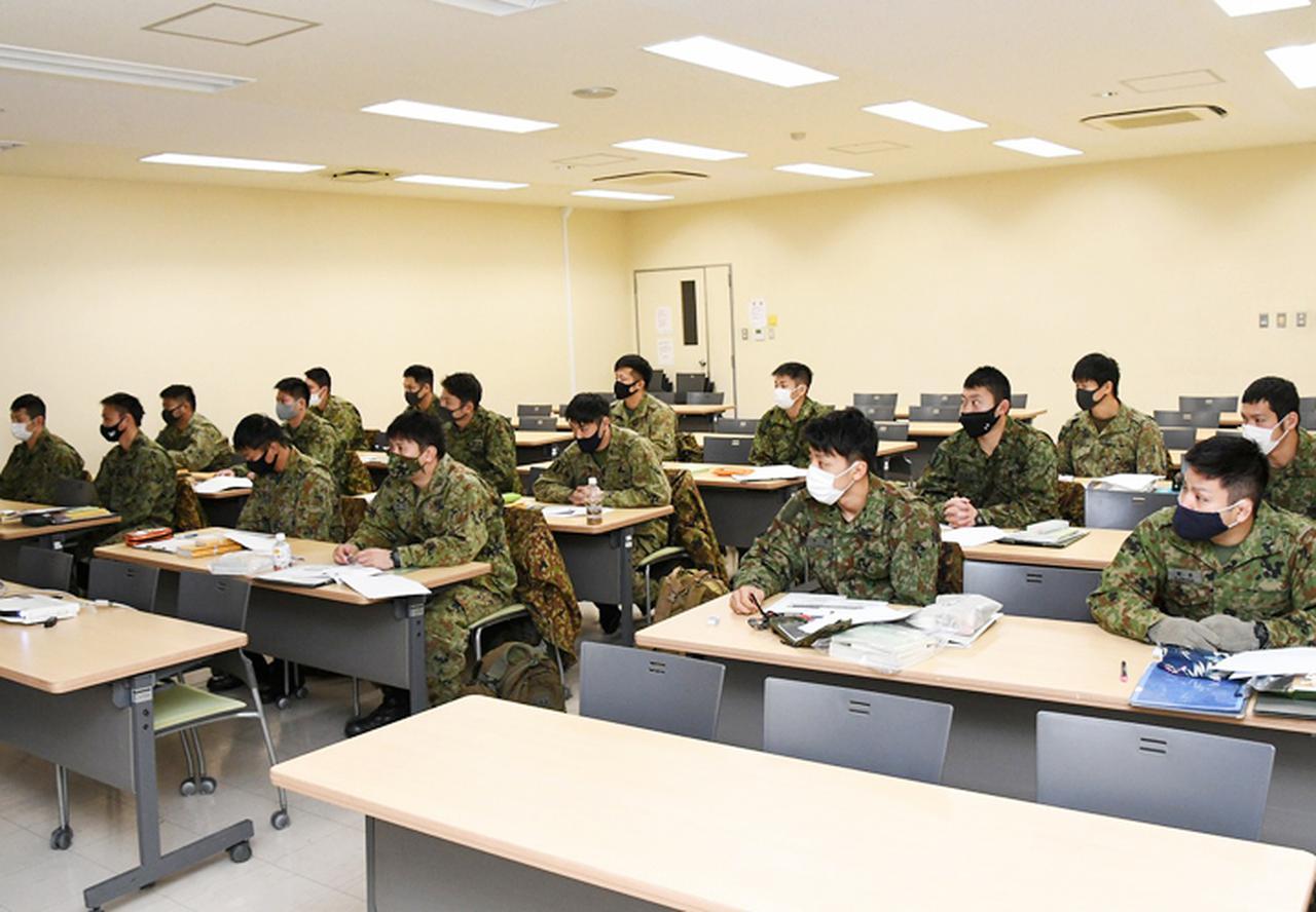 画像1: 師団格闘集合訓練 17人を部隊格闘指導官に認定 陸自3師団