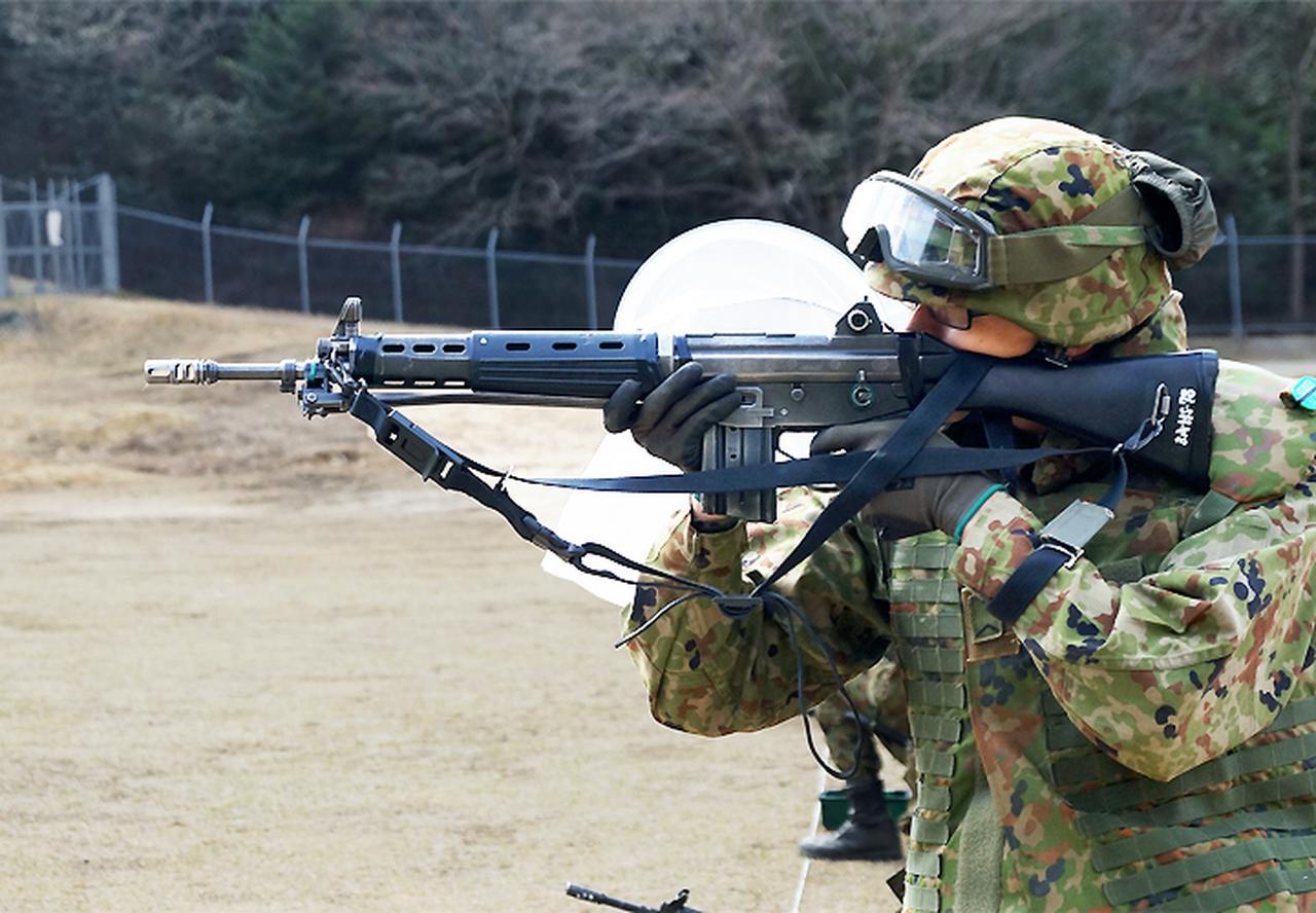 画像1: 至近距離射撃