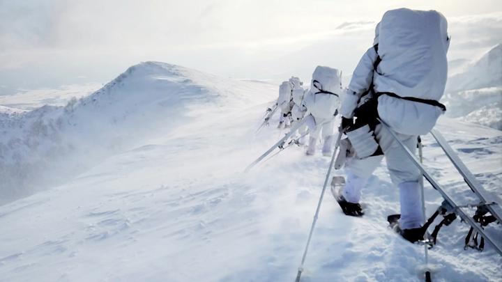 画像3: 1月27日:ニセコ地区 アンヌプリ山頂にて