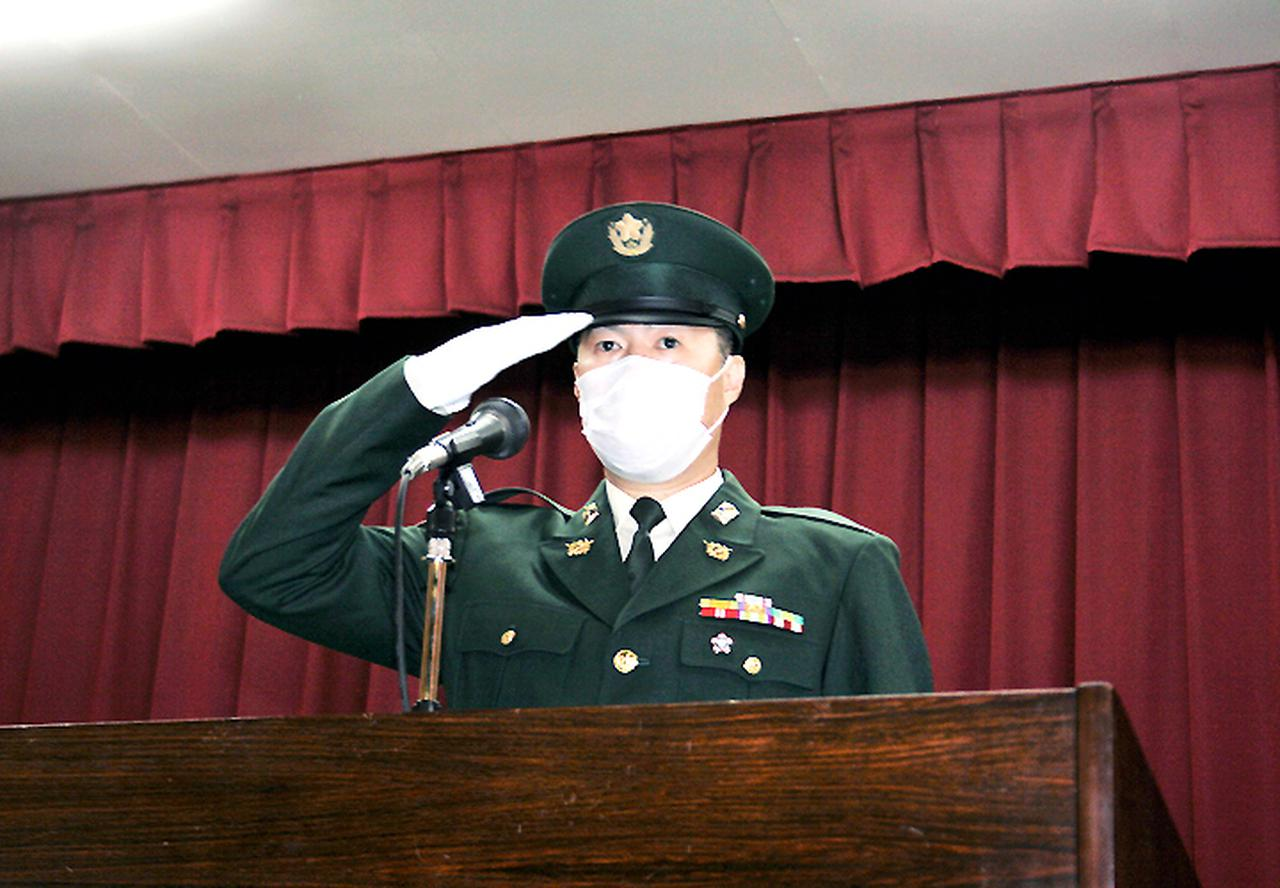 画像: 決意を述べる三島陸曹長