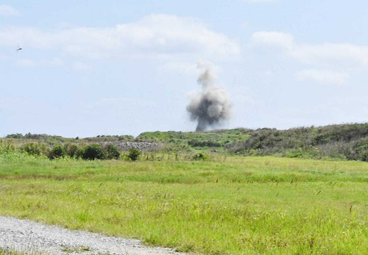 画像2: 沖縄県伊江島で不発弾処分 平成26年以来6年ぶり|陸自15旅団101不発弾処理隊