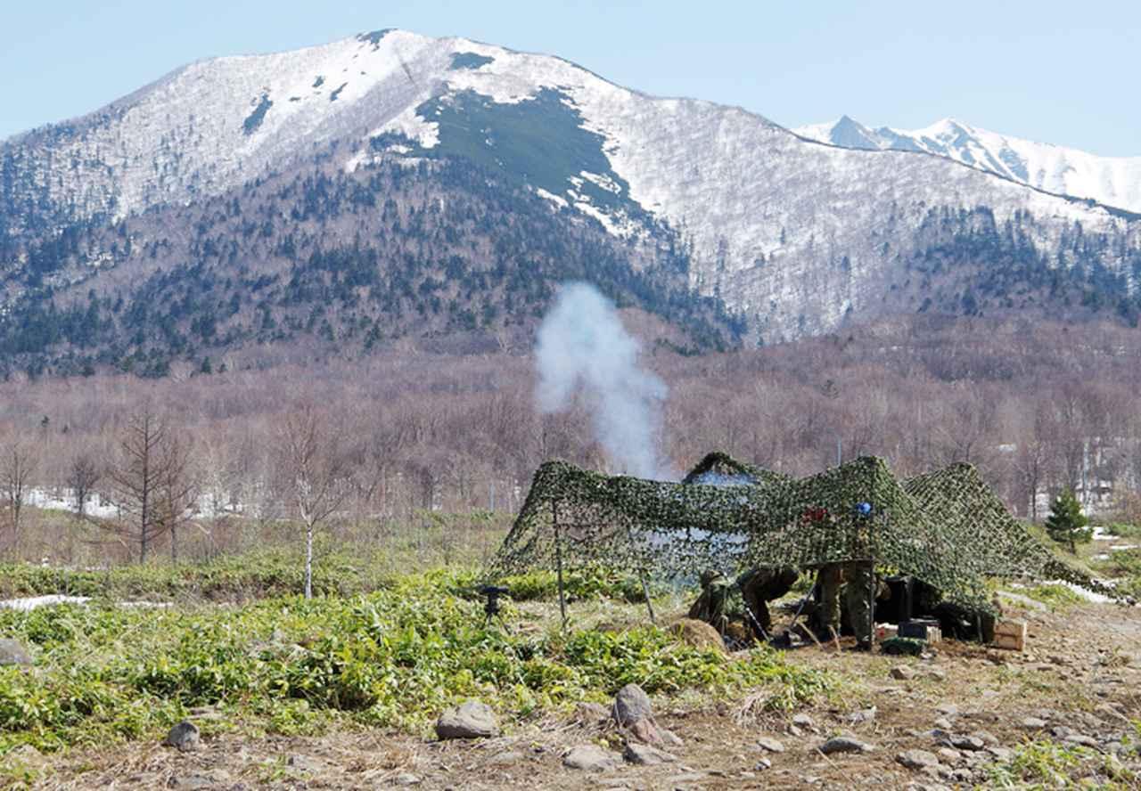 画像: 81mm迫撃砲射撃