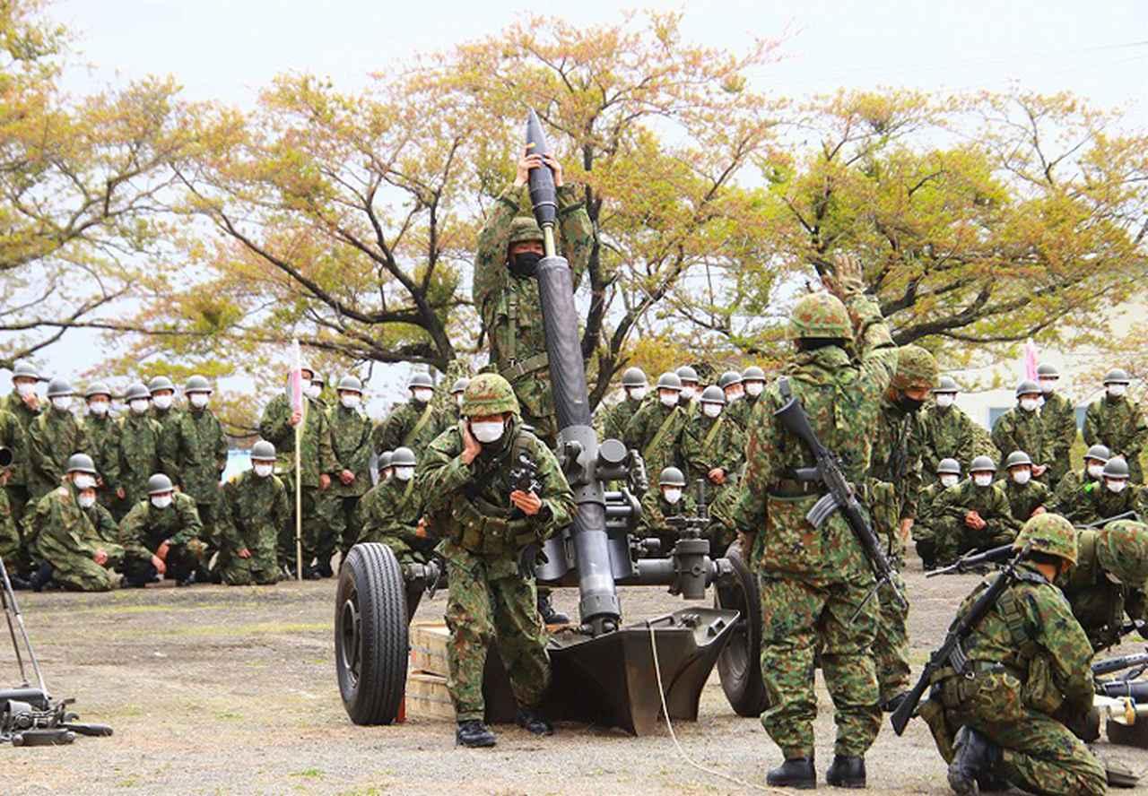 画像: 120mm迫撃砲の研修