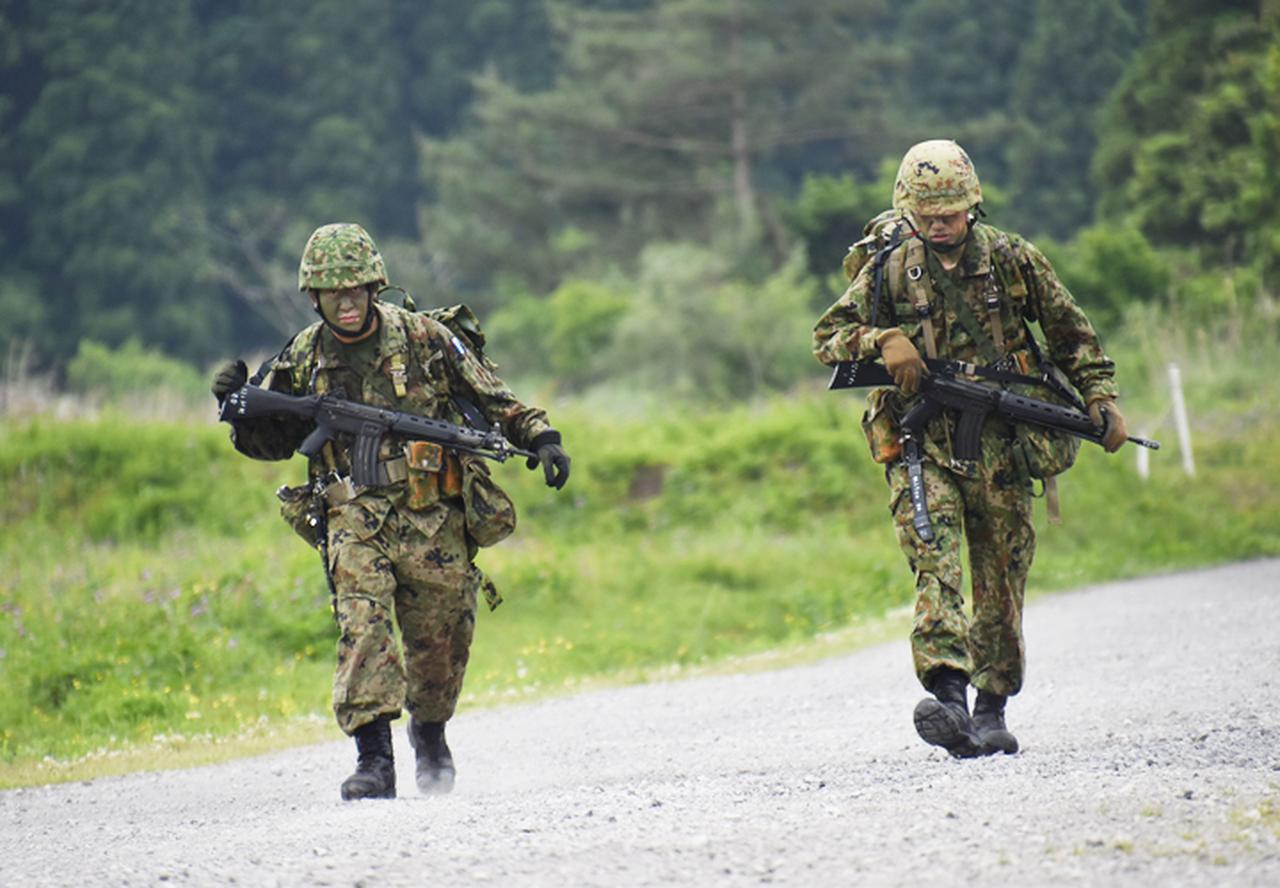 画像1: 「バディの大切さを痛感」12普連が基本戦技訓練|国分駐屯地