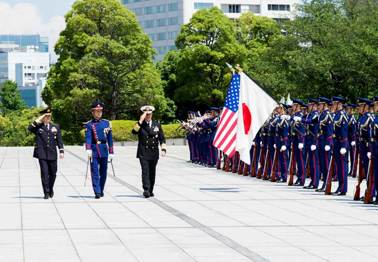 画像1: 米インド太平洋軍司令官 山崎統幕長らと会談|統合幕僚監部