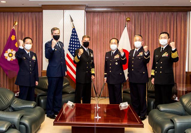 画像3: 米インド太平洋軍司令官 山崎統幕長らと会談|統合幕僚監部