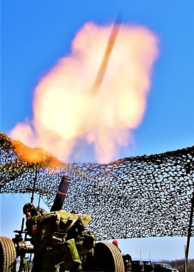 画像: 120ミリ重迫撃砲