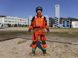画像: 土砂水があふれているときの装備 土砂災害活動要領 追加項目(案)より