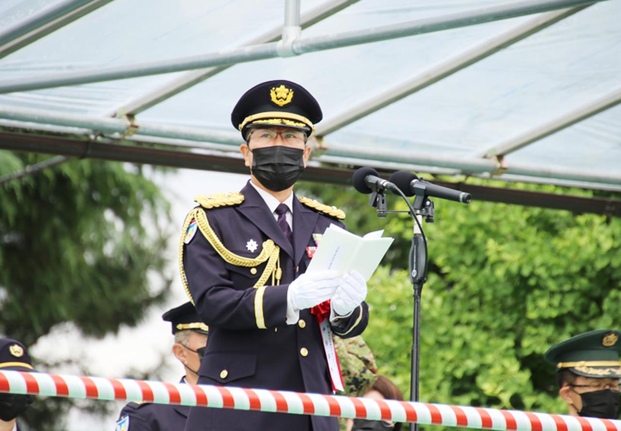 画像: 1施設団長兼古河駐司令の仲西将補による訓示