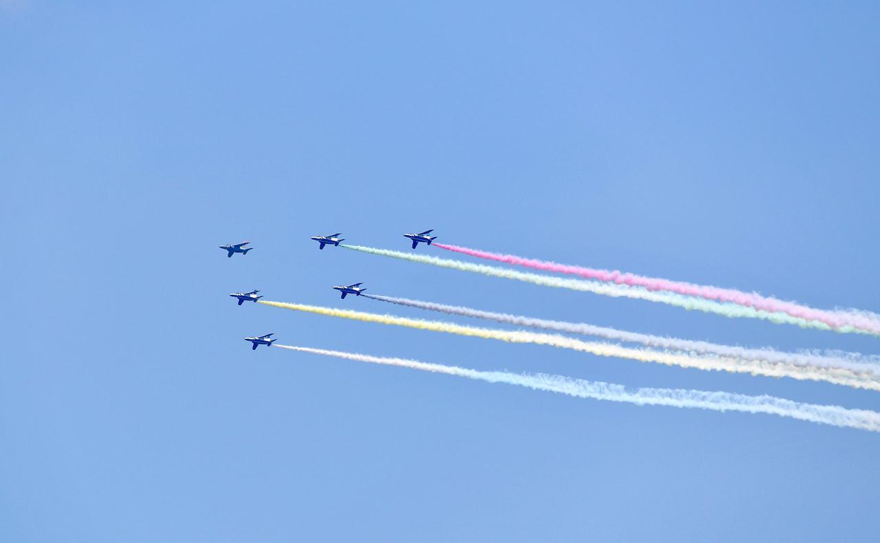 画像2: ブルーインパルスが東京五輪開幕を祝う