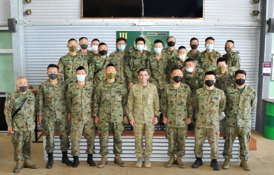 画像1: 水陸機動団が豪米英と実動訓練