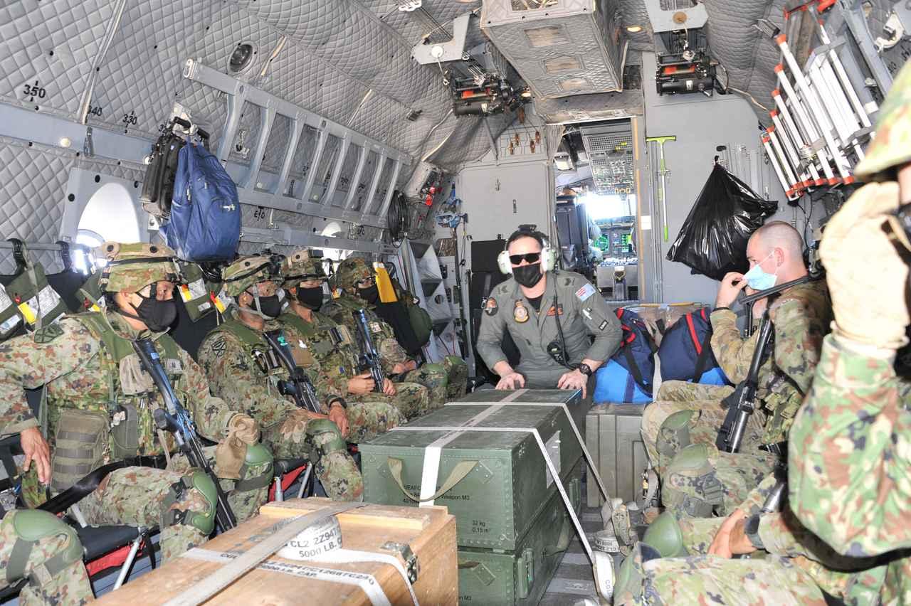 画像2: 水陸機動団が豪米英と実動訓練