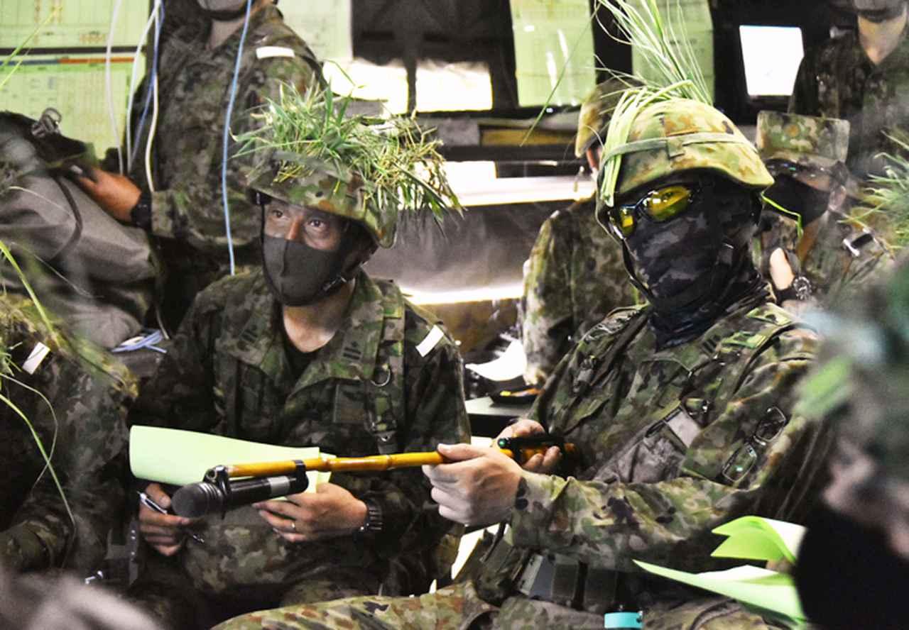 画像3: 12普連が連隊検閲を受閲 敵侵略阻止し任務完遂|国分駐屯地