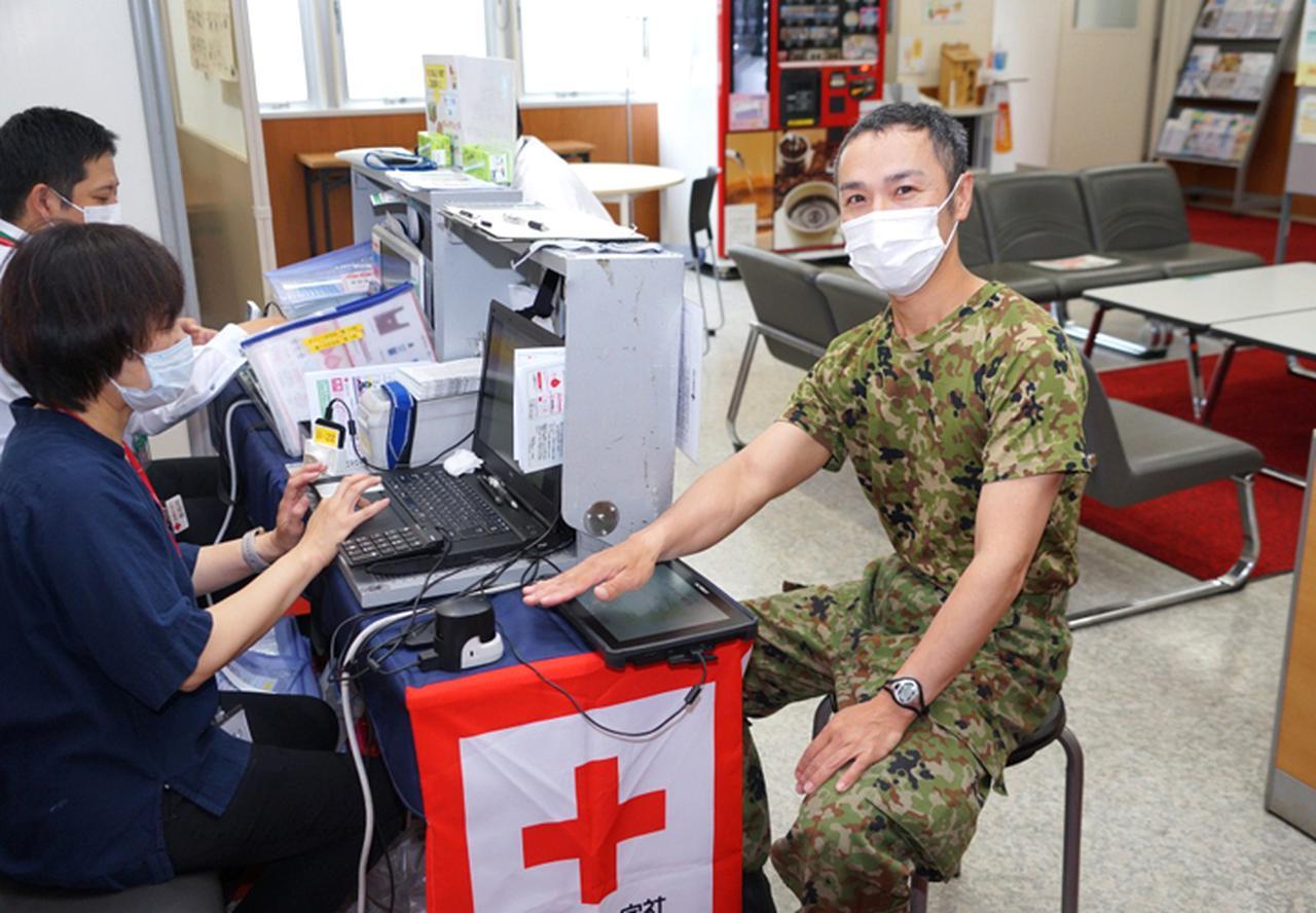 画像7: 駐屯地内で献血 隊員の協力で目標数を達成|岩見沢駐屯地