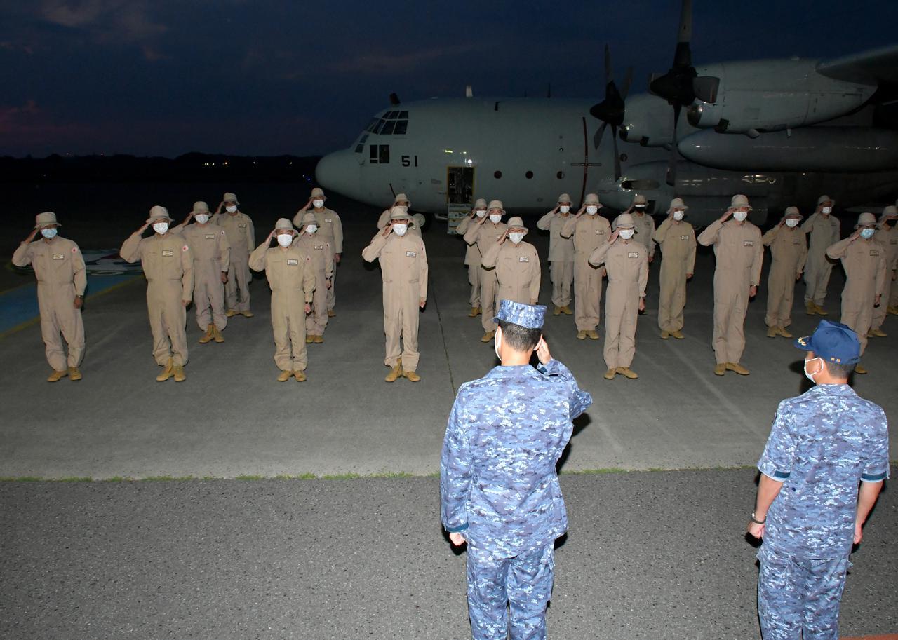 画像2: 43次派遣海賊対処行動航空隊が帰国
