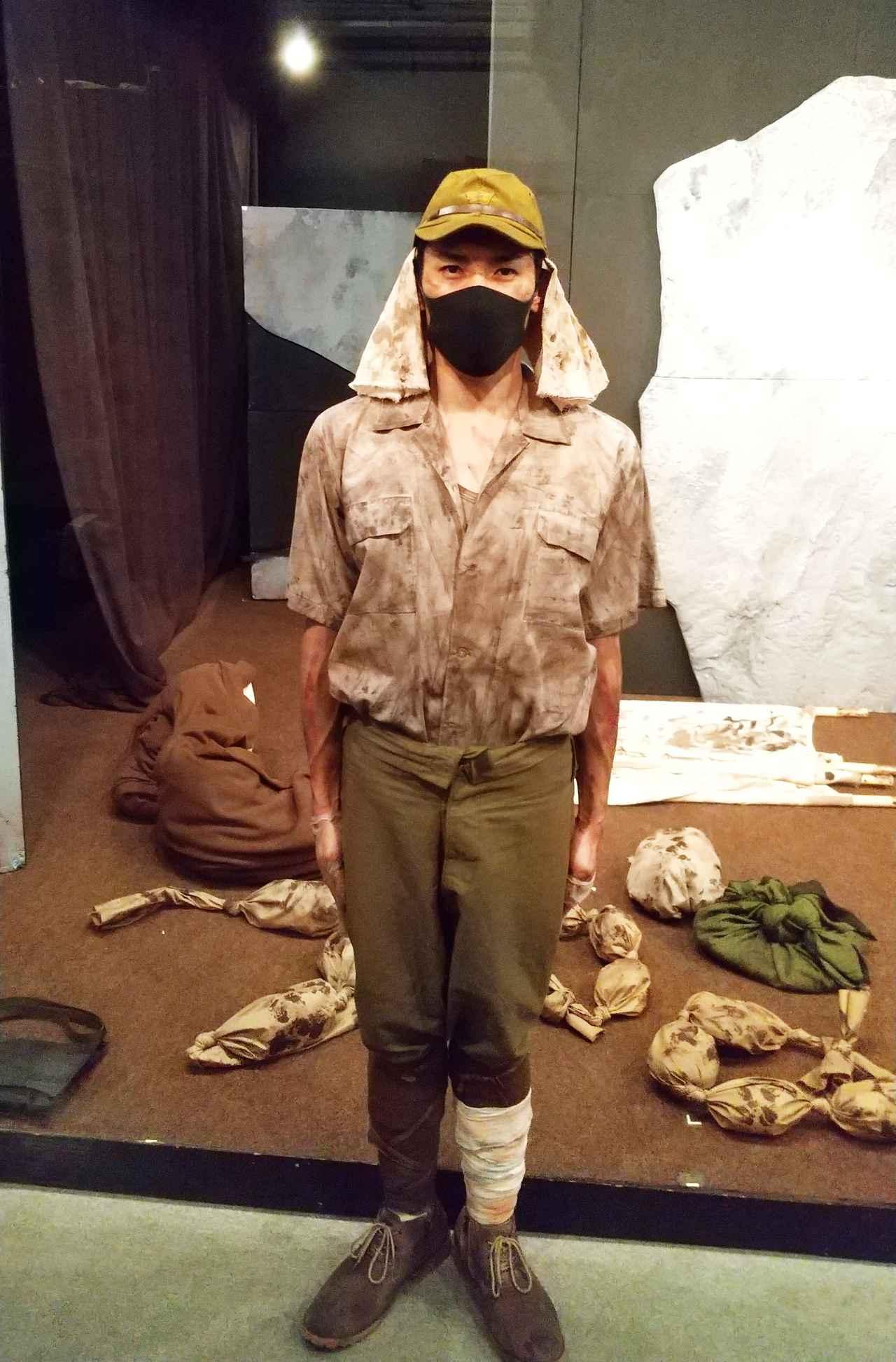 画像: 前川軍曹役の蒼優馬さん。さすがに元自衛官、軍服姿がよく似合ってます