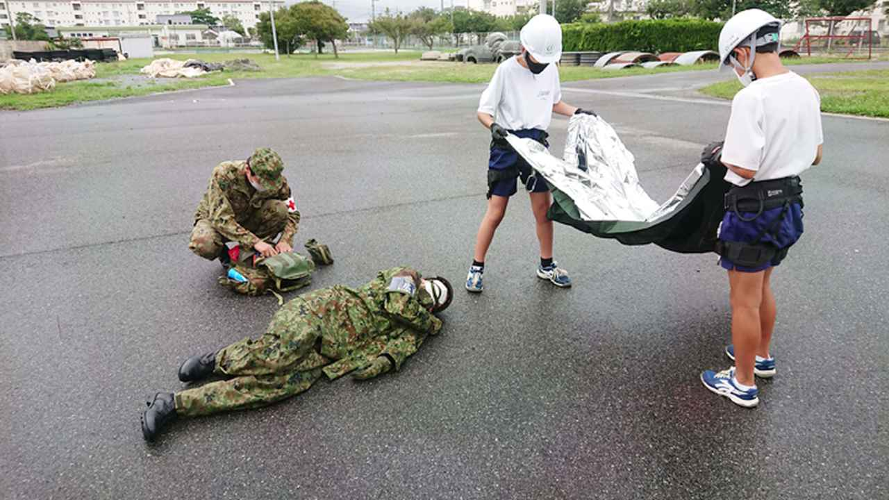 画像1: 人命救助訓練