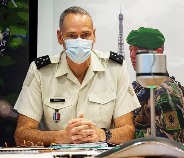 画像: 陸幕長がフランス陸軍参謀長とテレビ懇談