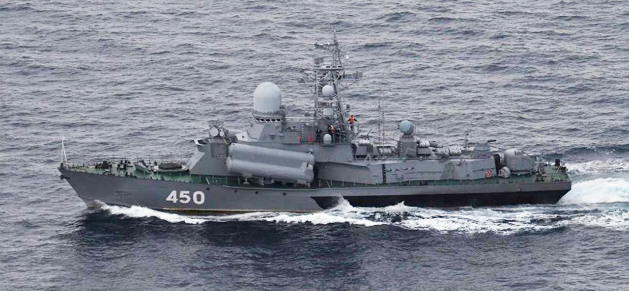 画像: ナヌチカⅢ級ミサイル護衛哨戒艇(450) 統合幕僚監部 報道発表資料より