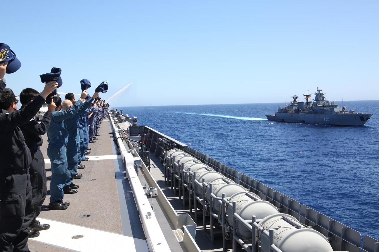 画像: 海上自衛隊自衛艦隊ツイッターより