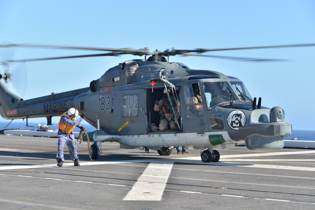 画像3: 海自がインド洋でドイツ海軍と共同訓練
