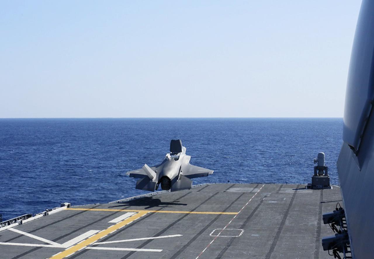 画像: 米海兵隊F35B短距離離陸