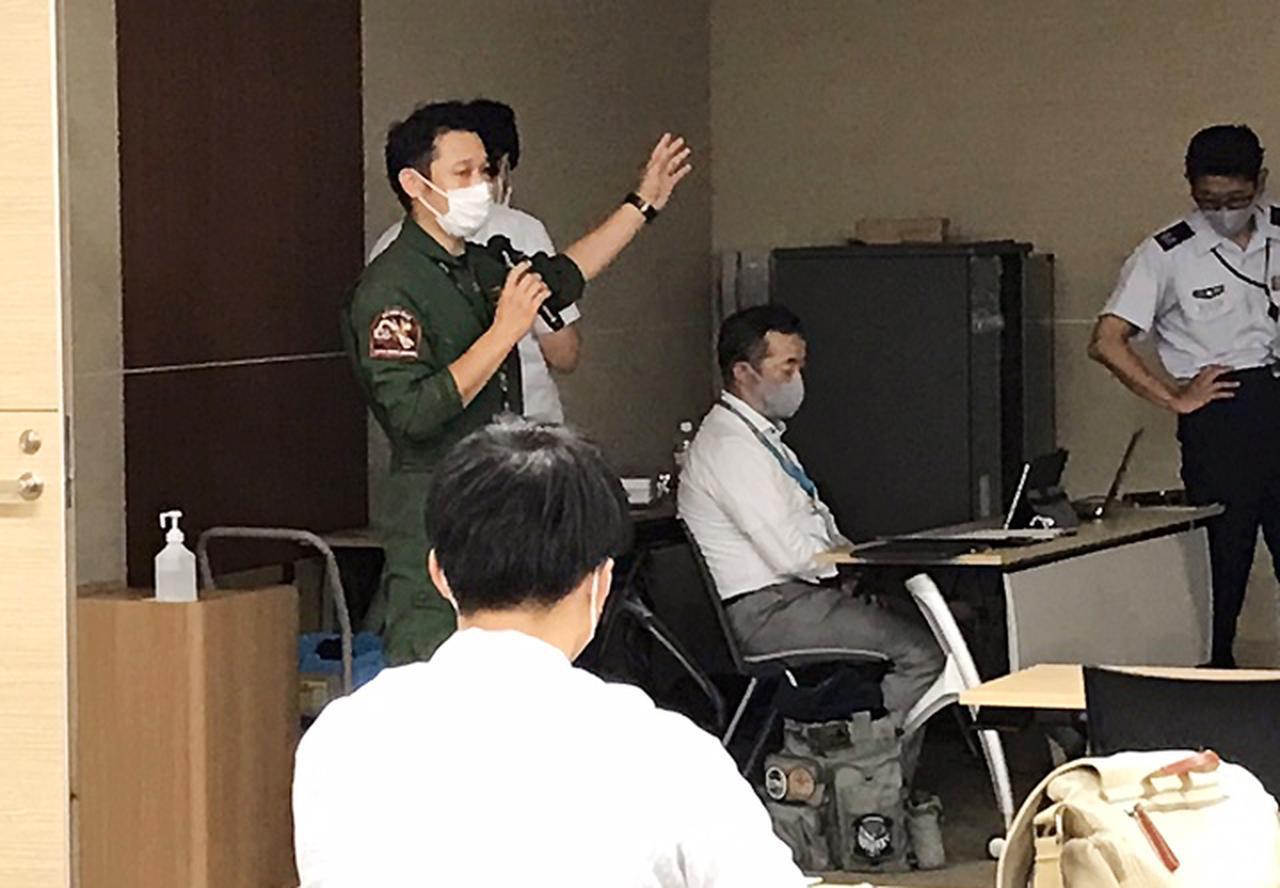 画像1: 1面記事:航空学校出身の地域事務所長が登壇|熊本地本