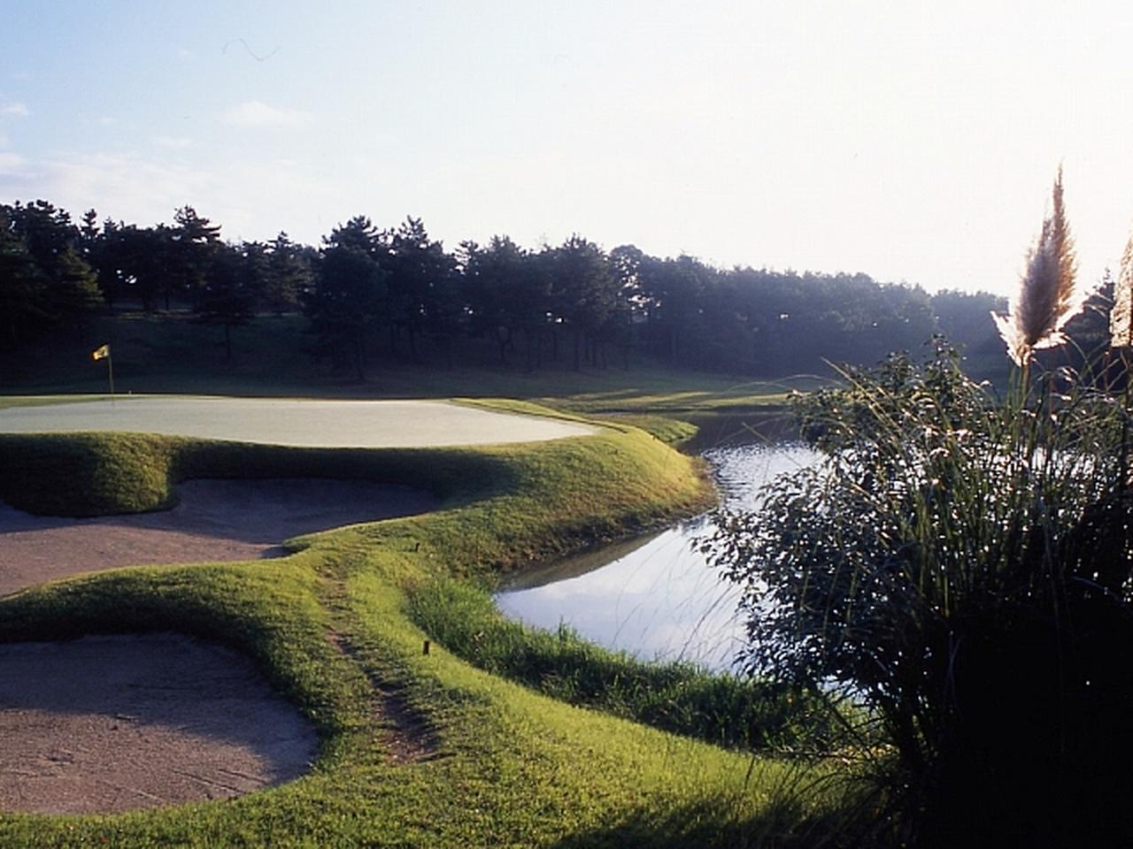 Images : 1番目の画像 - 「関西A地区決勝  2021/8/6(金) 六甲国際ゴルフ倶楽部 東コース」のアルバム - SRIXON cup ゴルフダイジェスト 全日本ダブルスゴルフ選手権