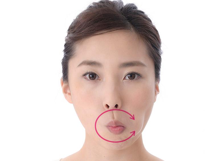 画像3: 二重あごを消す舌の体操のやり方