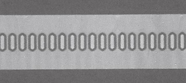 画像: 50µℓ通過時のMC-FANによる画像(時間19.7秒) 患者さんの血液サラサラ度を測定した一例 75歳女性:50µℓが通過するのに19.7秒かかっている。血液がサラサラで滞りなく流れている状態。