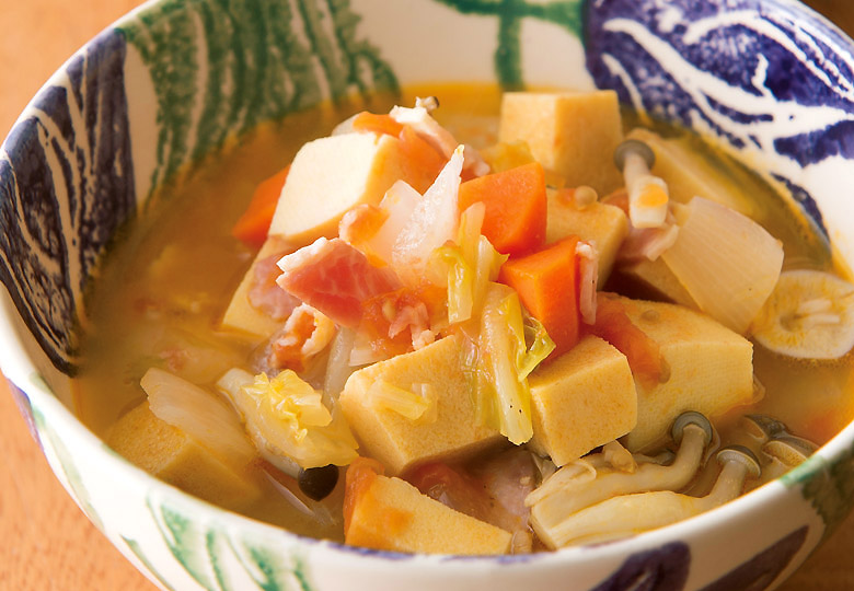 画像: これだけでおなかがいっぱいになる ♪ 高野豆腐の野菜スープ