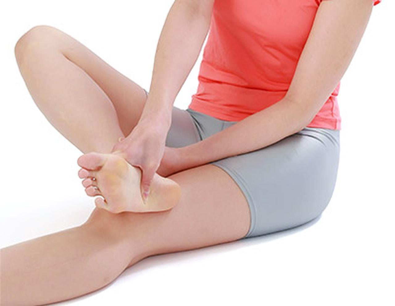 画像2: 足の裏刺激・合谷刺激のやり方