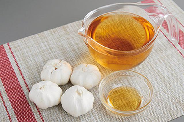 画像1: 1日で完成する 酢ニンニクの作り方