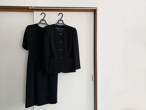 画像: 「黒」はフォーマルな色。特別な日のためにとっておきましょう。