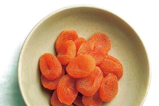 画像: アンズ飴やアンズあんみつなどで、日本でもおなじみのドライフルーツ