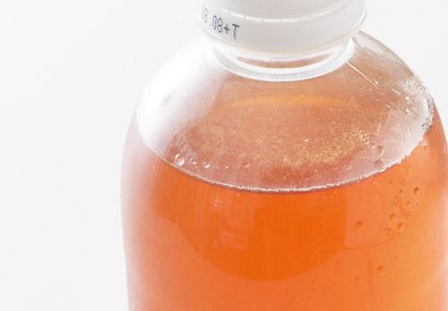 画像: タマネギの皮の煮汁の作り方