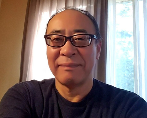 画像: 約50年ぶりにメガネで生活