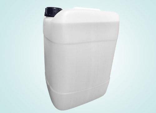 画像: 用途の多い人は大容量(20L入り)の物が便利。