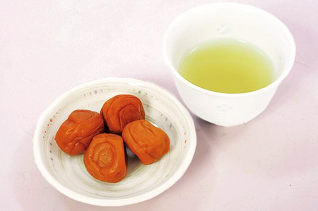 画像2: 梅干し緑茶の作り方