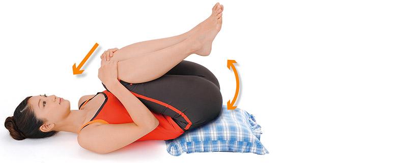 画像2: 「仙骨枕体操」のやり方