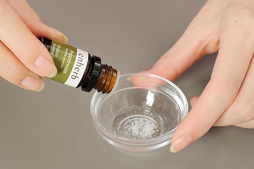 画像2: ハッカ油の活用法 2 鼻づまり、眼精疲労、肩こり、筋肉痛